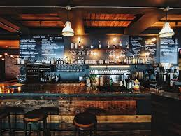 How to Open a Bar: Your Complete 10-Step Checklist - On the Line | Toast POS