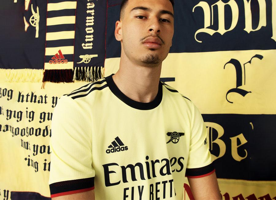 arsenal_2021_22_adidas_away_shirt.jpg