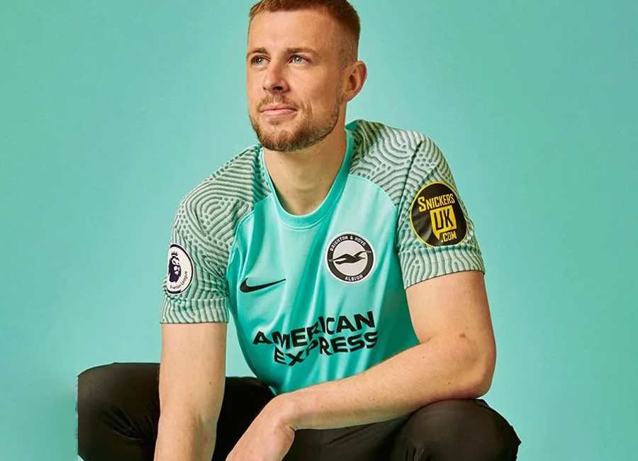 brighton_hove_albion_2021_2022_away_shirt.jpg