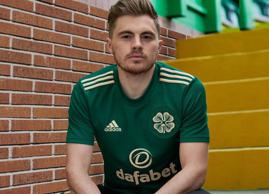 celtic_2021_2022_away_shirt.jpg