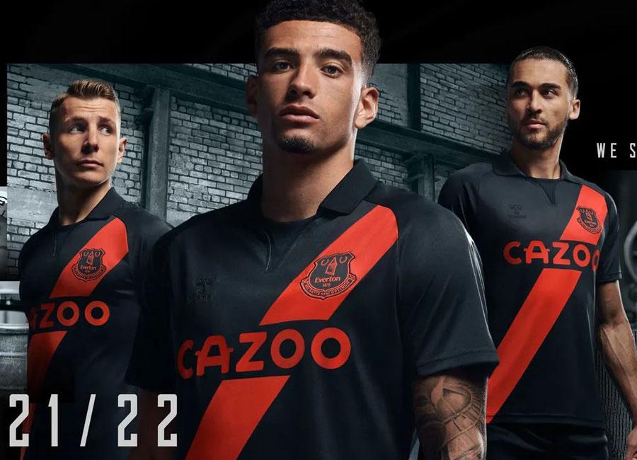 everton_2021_2022_away_kit.jpg