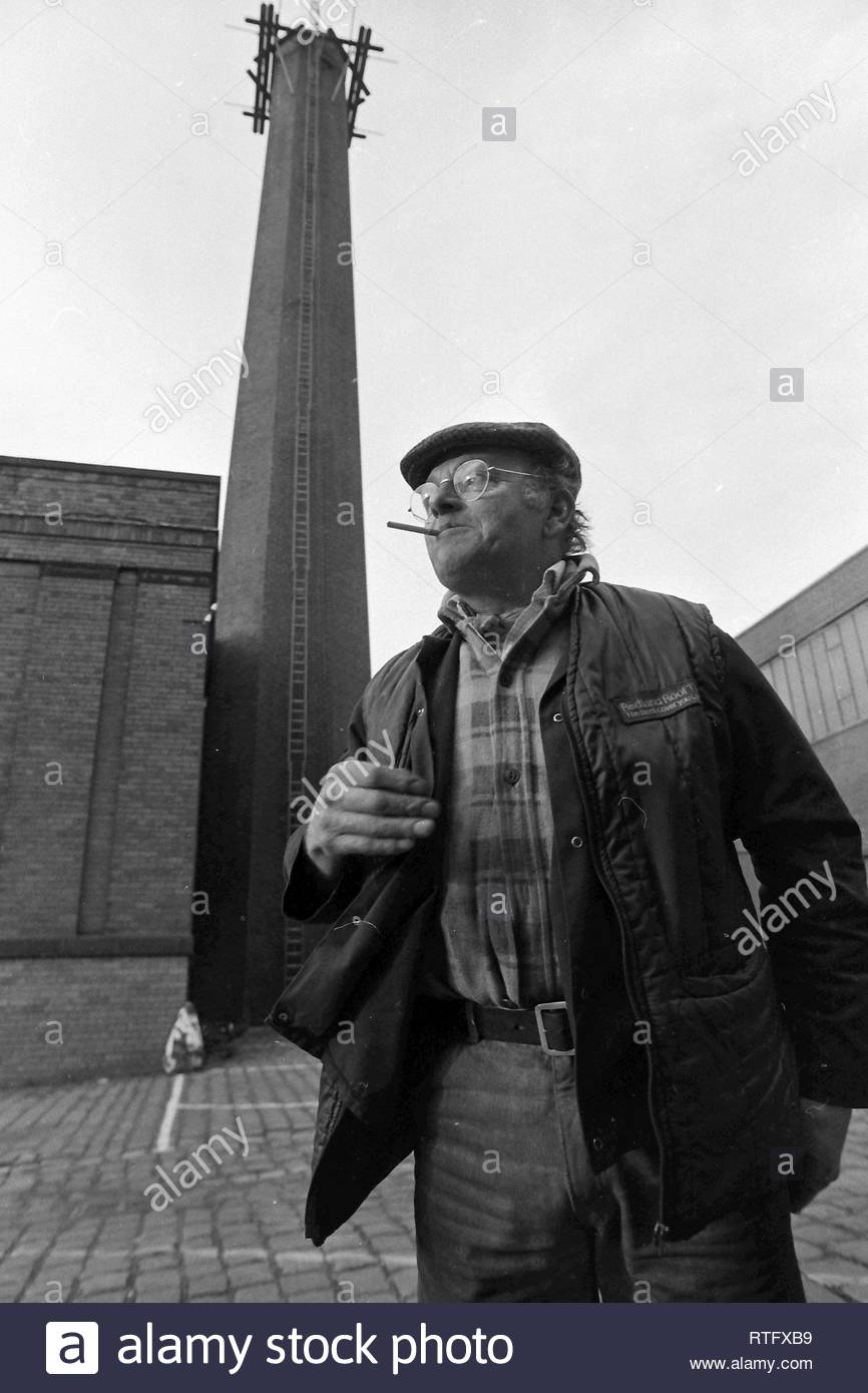 fred-dibnah-in-1986-RTFXB9.jpg
