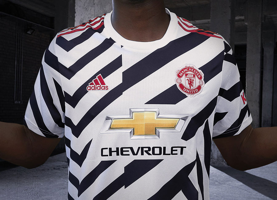 manchester_united_2020_2021_third_kit.jpg