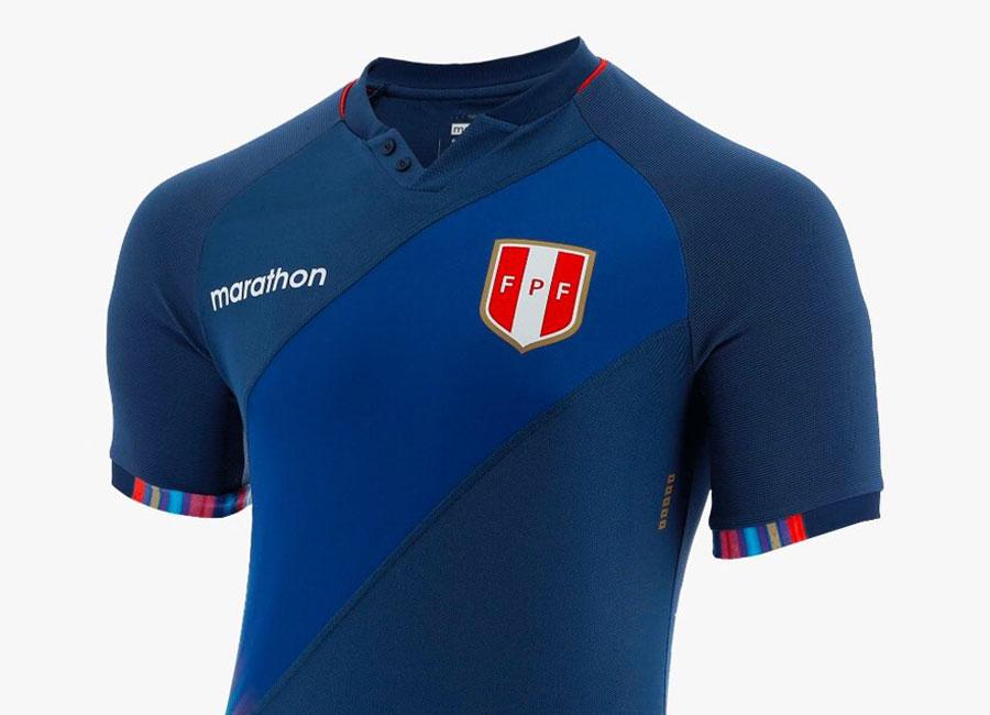 peru_2021_2022_away_kit.jpg