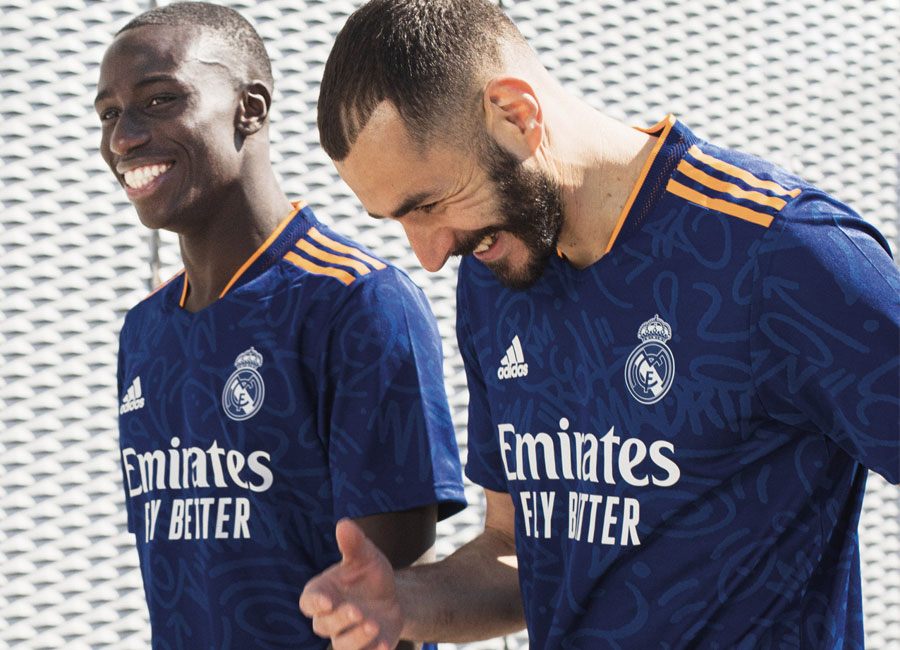 real_madrid_2021_2022_away_kit.jpg