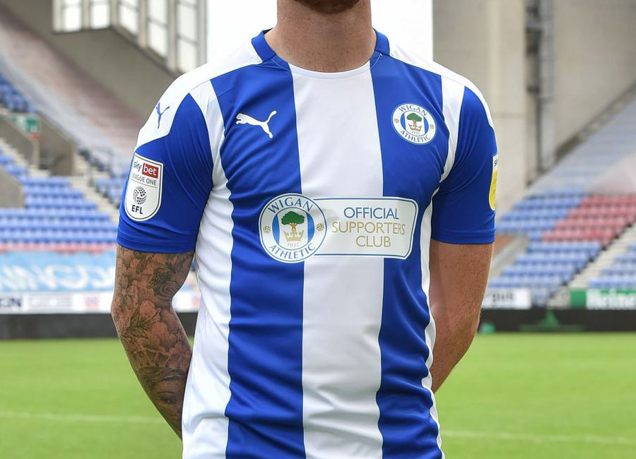 wigan_athletic_2020_2021_home_kit.jpg